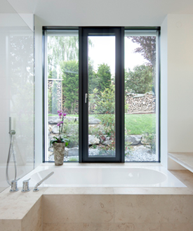 ENERGATE® ist ein zukunftsgewandtes Fenster, dessen Dämmleistung die Werte herkömmlicher Fenster weit übertrifft.