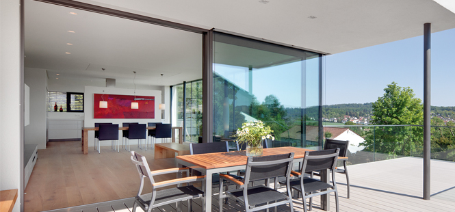 Energy-efficient lift-and-sliding doors with excellent heat insulation values.